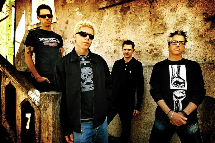 The Offspring — рок-группа из Калифорнии. Была основана в 1984 году. В настоящее время в её состав входят вокалист и гитарист Декстер Холланд, гитарист Кевин Вассерман, бас-гитарист Грег Крисел, ударник Пит Парада