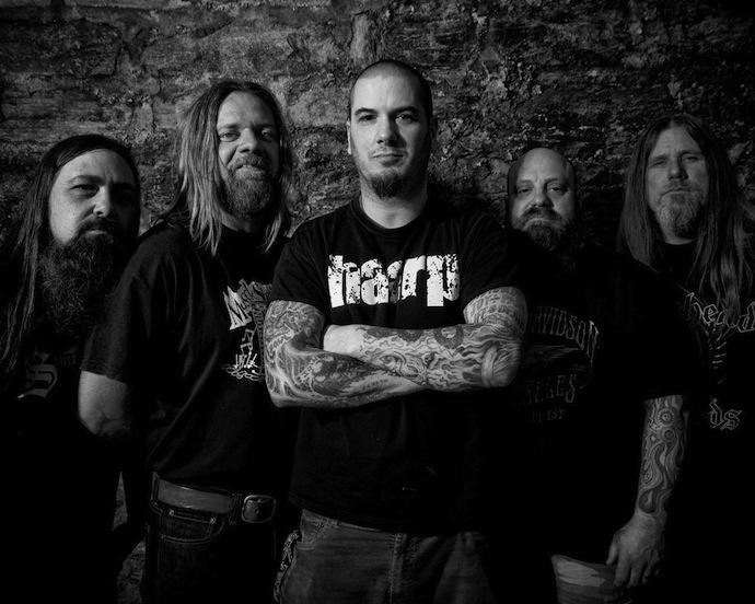 Down — метал-группа из США, основанная в 1991 году в Новом Орлеане. Первоначально являлась сайд-проектом музыкантов Pantera, Crowbar, Corrosion of Conformity, но со временем превратилась в полноценную группу