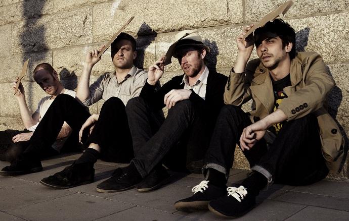 Cold War Kids - британская инди-рок группа
