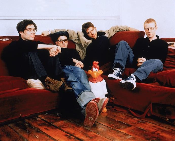 Blur — английская рок-группа, основанная в 1988 году в Лондоне. Одна из самых успешных групп 90-х. В состав группы входят Деймон Албарн (вокал), Грэм Коксон (гитара), Алекс Джеймс (бас-гитара) и Дейв Раунтри (ударные)