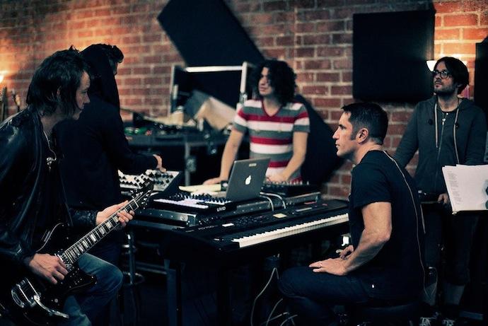 Nine Inch Nails — американская индастриал-группа, созданная Трентом Резнором в 1988 году в городе Кливленд, штат Огайо