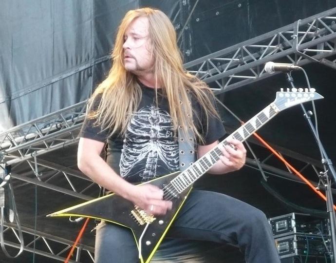 Роопе Латвала — финский гитарист, является одним из основателей финской хеви-метал группы Stone