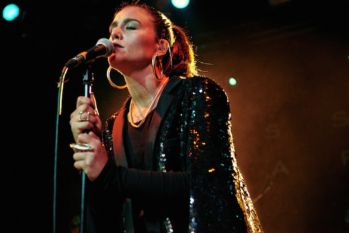 jessie_ware_cambridge_junction05_website_image_lnvv_wuxga