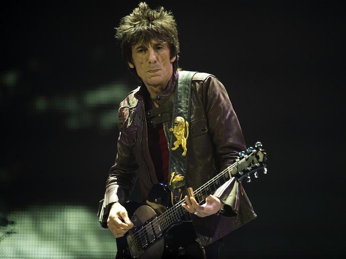 Рональд (Рон) Дэвид Вуд — британский музыкант цыганского происхождения, в первую очередь известный как участник групп The Rolling Stones и The Faces