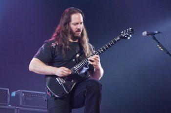 John_Petrucci_-_04