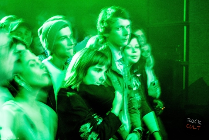 Dolphin Сlub B2 (people) 0013rockcult.ru