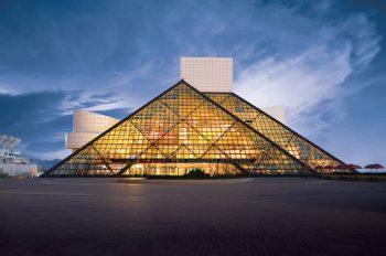 rocknroll hall of fame зал славы рок-н-ролла