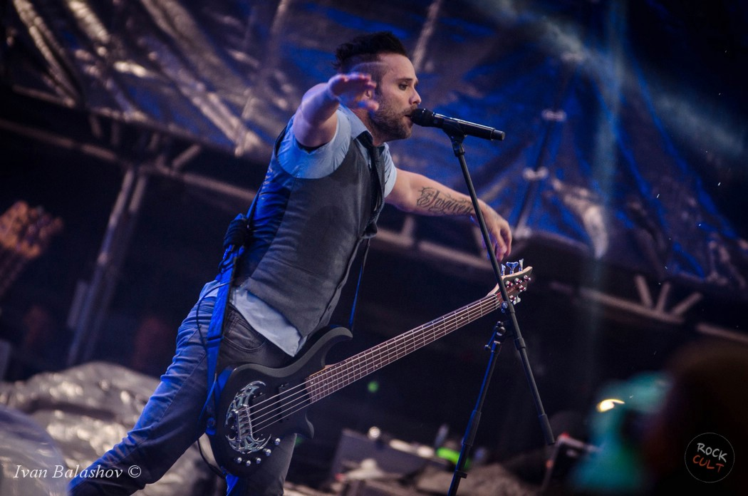 Skillet выпустили сингл Back From the Dead
