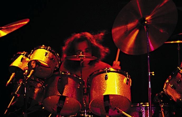 (Left-Handed Rock Musicians) Музыканты левши Йен Пейс