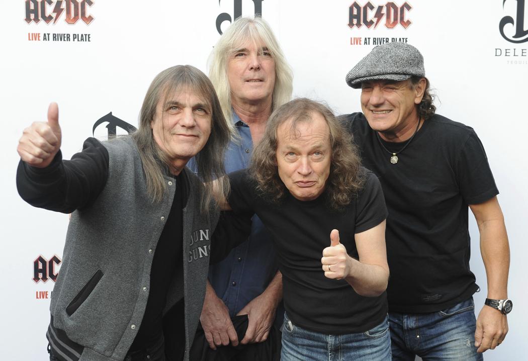 AC/DC выступят на Glastonbury 2015. AC/DC will perform Glastonbury 2015