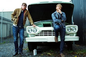 The Black Keys перепевают A Girl Like You. The Black Keys cover A Girl Like You