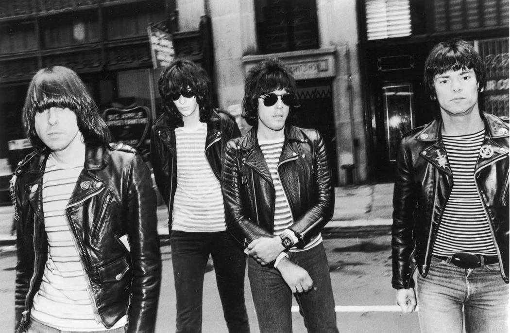 Мартин Скорсезе снимет фильм про The Ramones. Martin Scorsese will make a movie about The Ramones