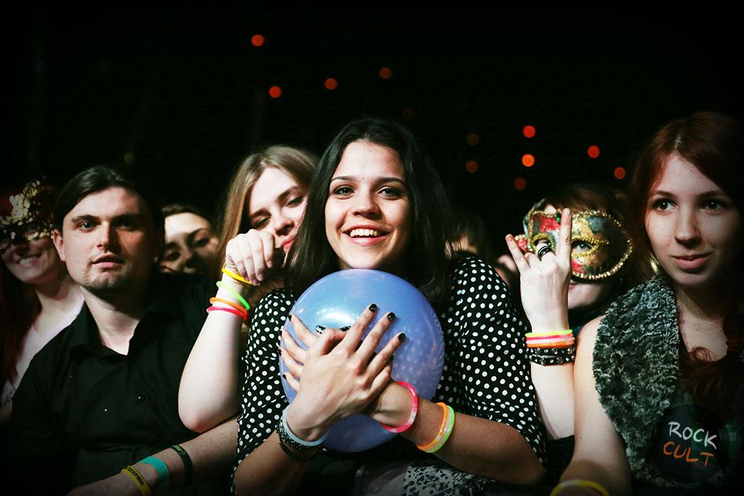 Фотоотчет ч.1   Poets of the Fall в Москве   Ray Just Arena   5.11.2014 фото зрители концерт мария поспелова