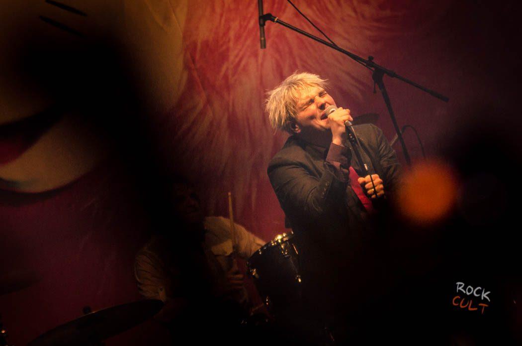 Gerard Way (100)