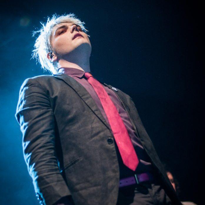 Gerard Way (13)