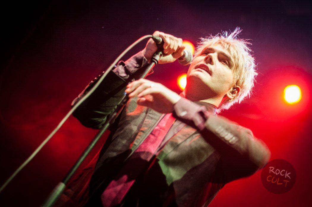 Gerard Way (16)