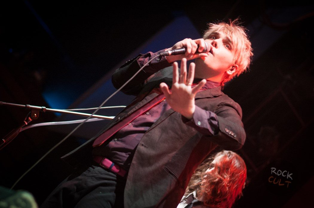 Gerard Way (19)