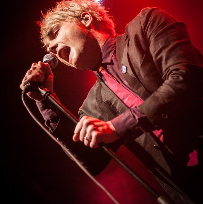 Gerard Way (22)