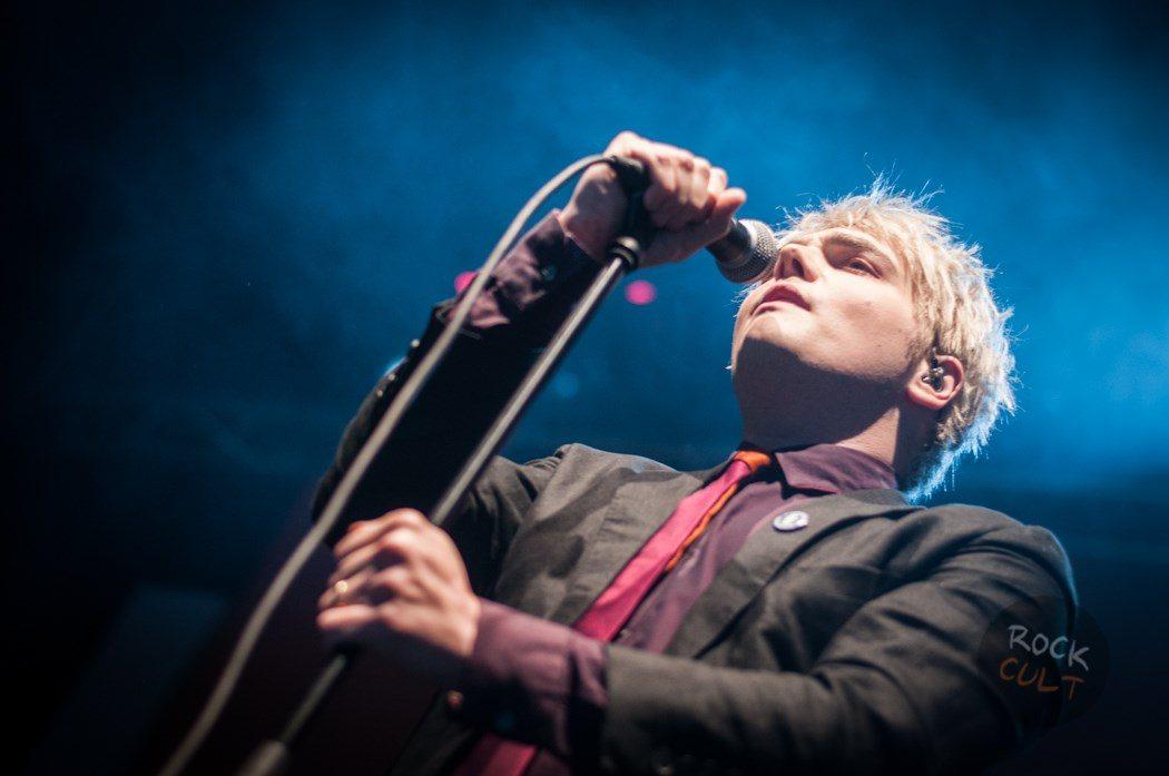 Gerard Way (25)