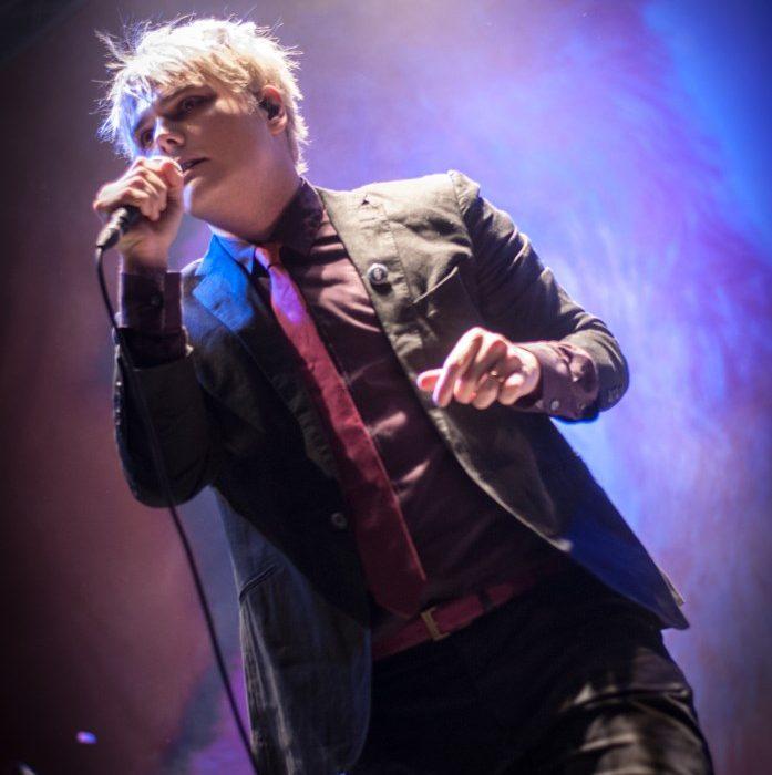 Gerard Way (28)