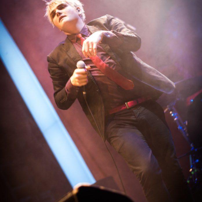 Gerard Way (43)