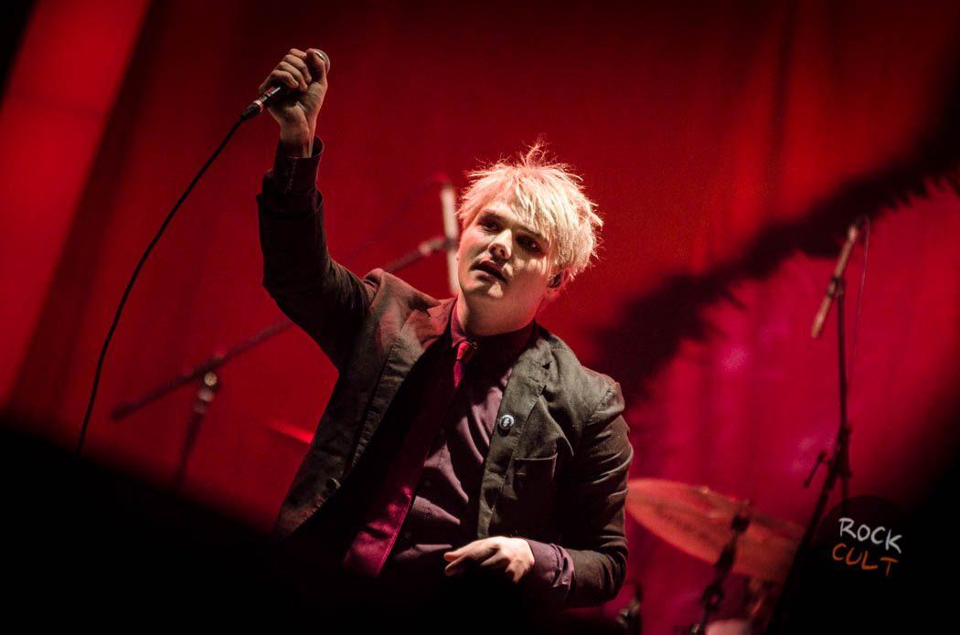 Gerard Way (48)