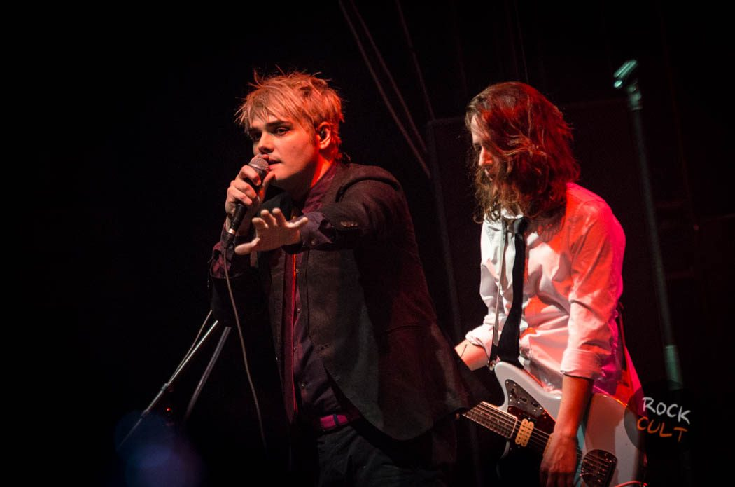 Gerard Way (50)