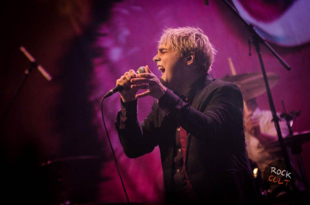 Gerard Way (77)