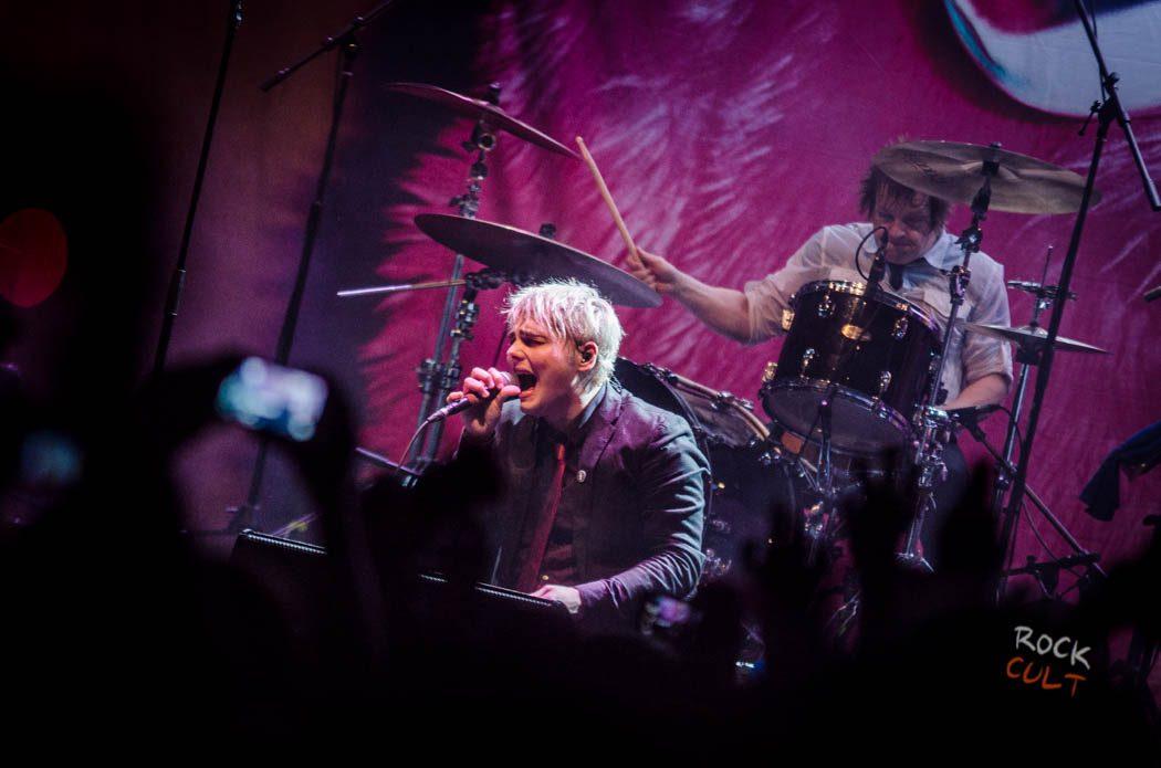 Gerard Way (84)