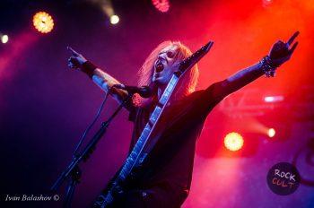 Почти полуторачасовой московский концерт Children Of Bodom пролетел как одно мгновение. Хотим еще!