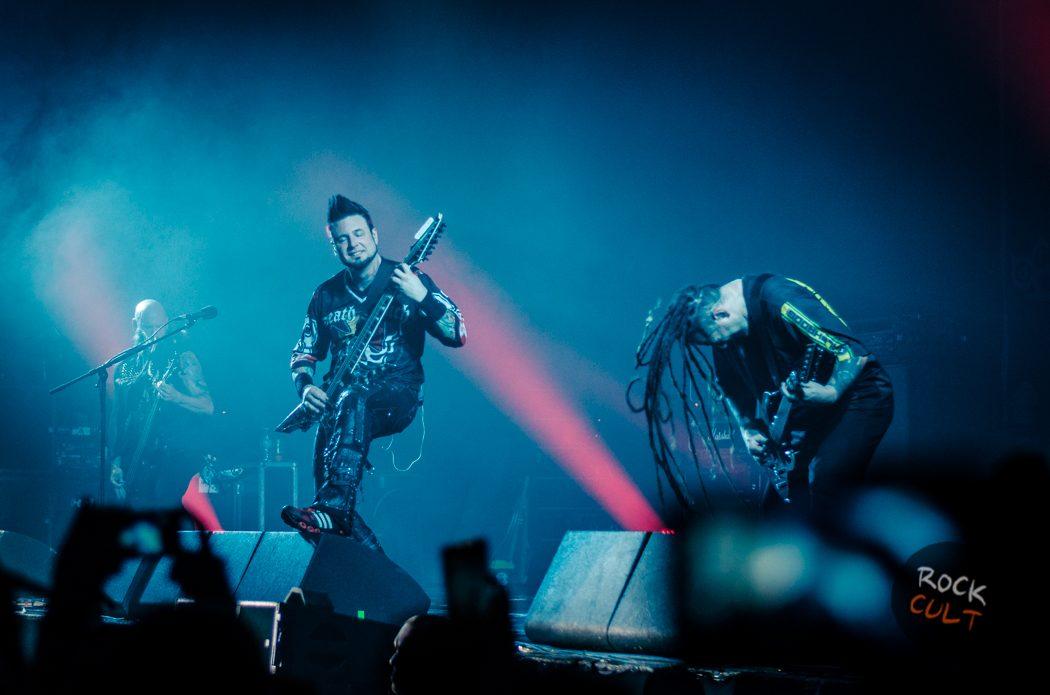 Фотоотчет | Five Finger Death Punch в Москве | Ray Just Arena | 30.06.15 фото