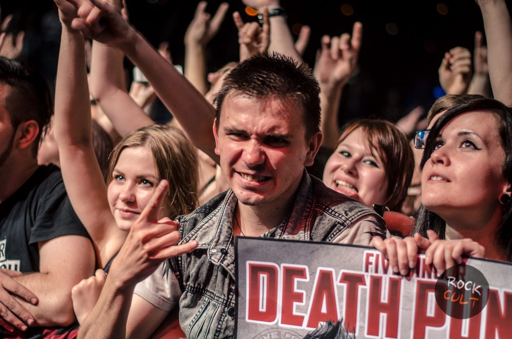 Five Finger Death Punch (34)