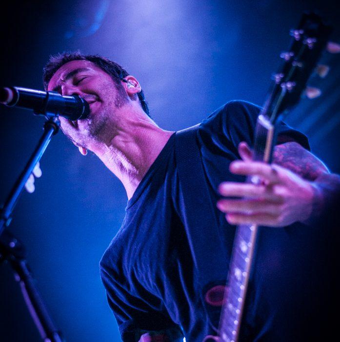 Godsmack -12)