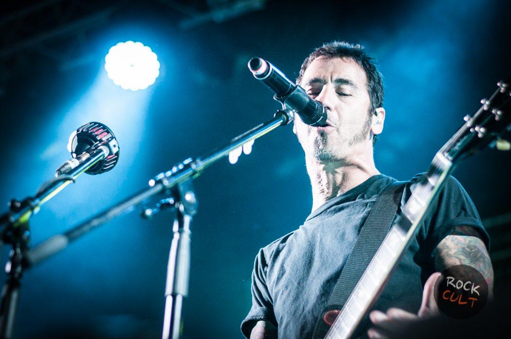Godsmack -14)