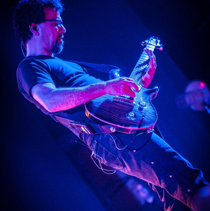 Godsmack -22)
