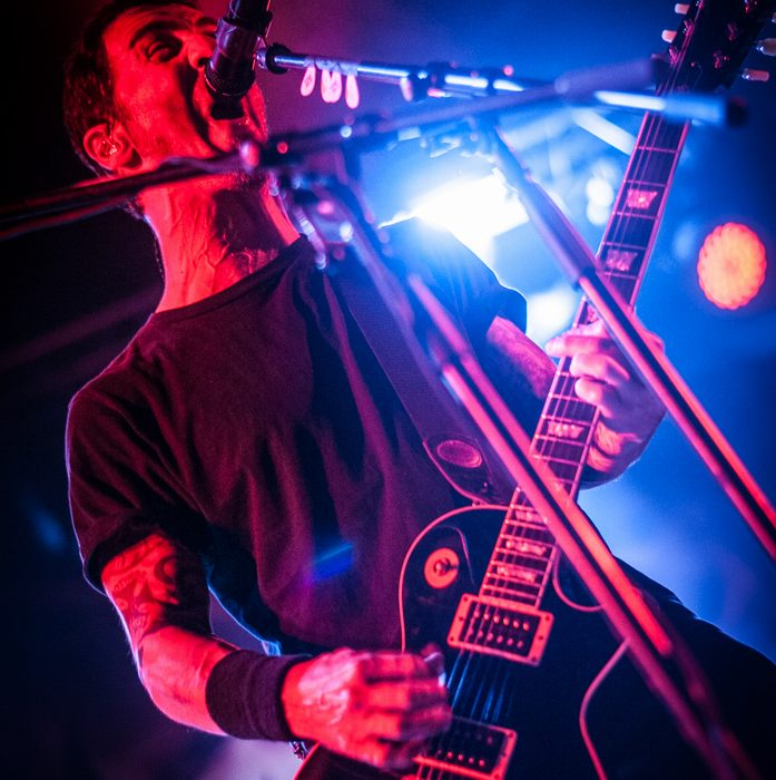 Godsmack -29)