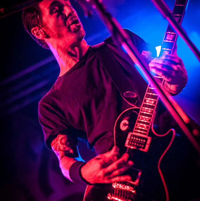 Godsmack -30)