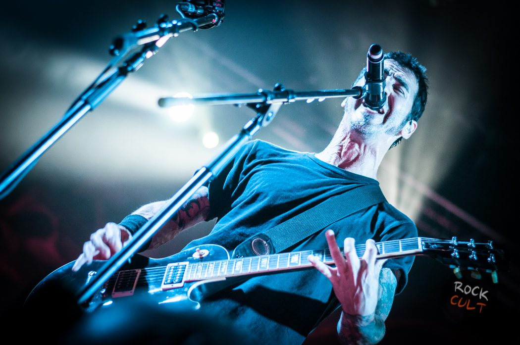 Godsmack -40)