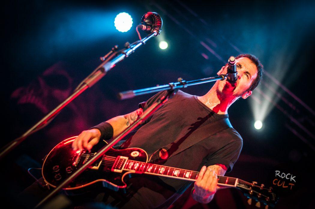 Godsmack -47)