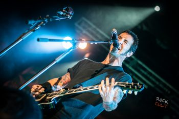 Godsmack -49)