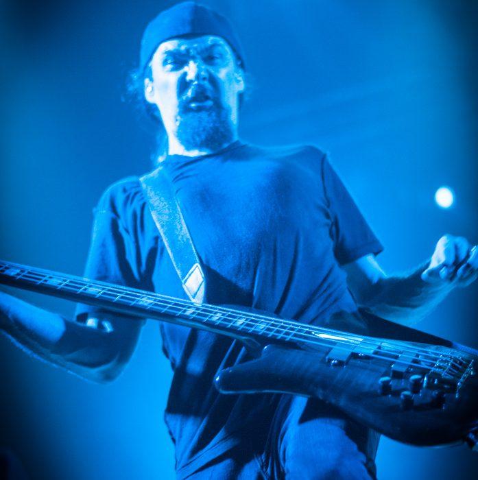 Godsmack -62)