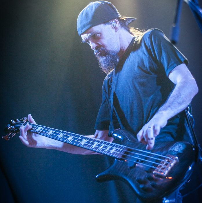Godsmack -64)