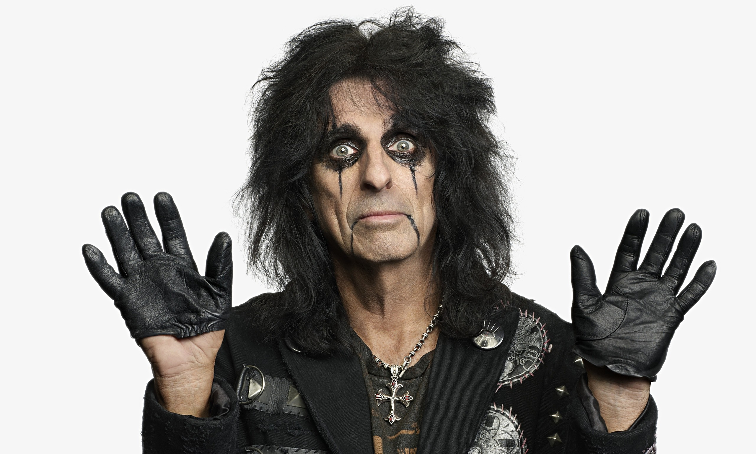 Alice Cooper confrontation with Kasabian