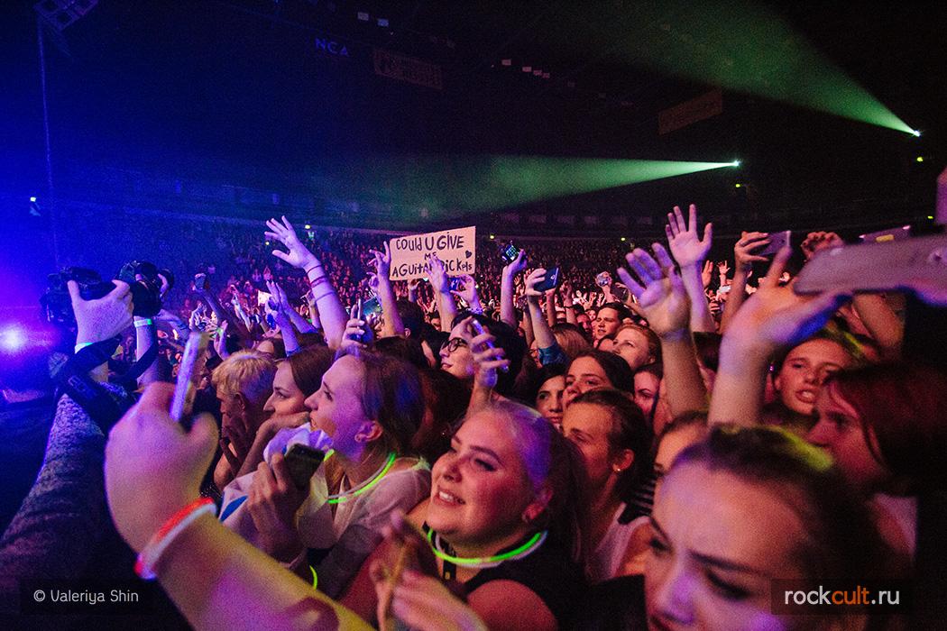 Фотоотчет | Fall Out Boy в Питере | Ледовый Дворец | 25.10.2015 фото