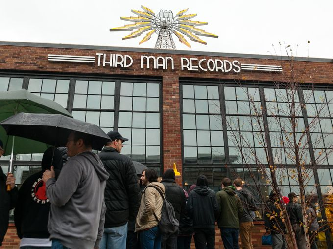 635842447966281865-112715-ThirdManRecords-2