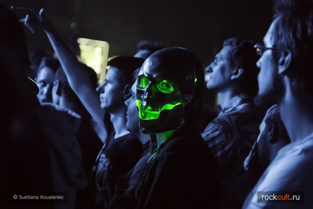 People_Dance_with_the_dead_in_Volta_03.10.2015_08