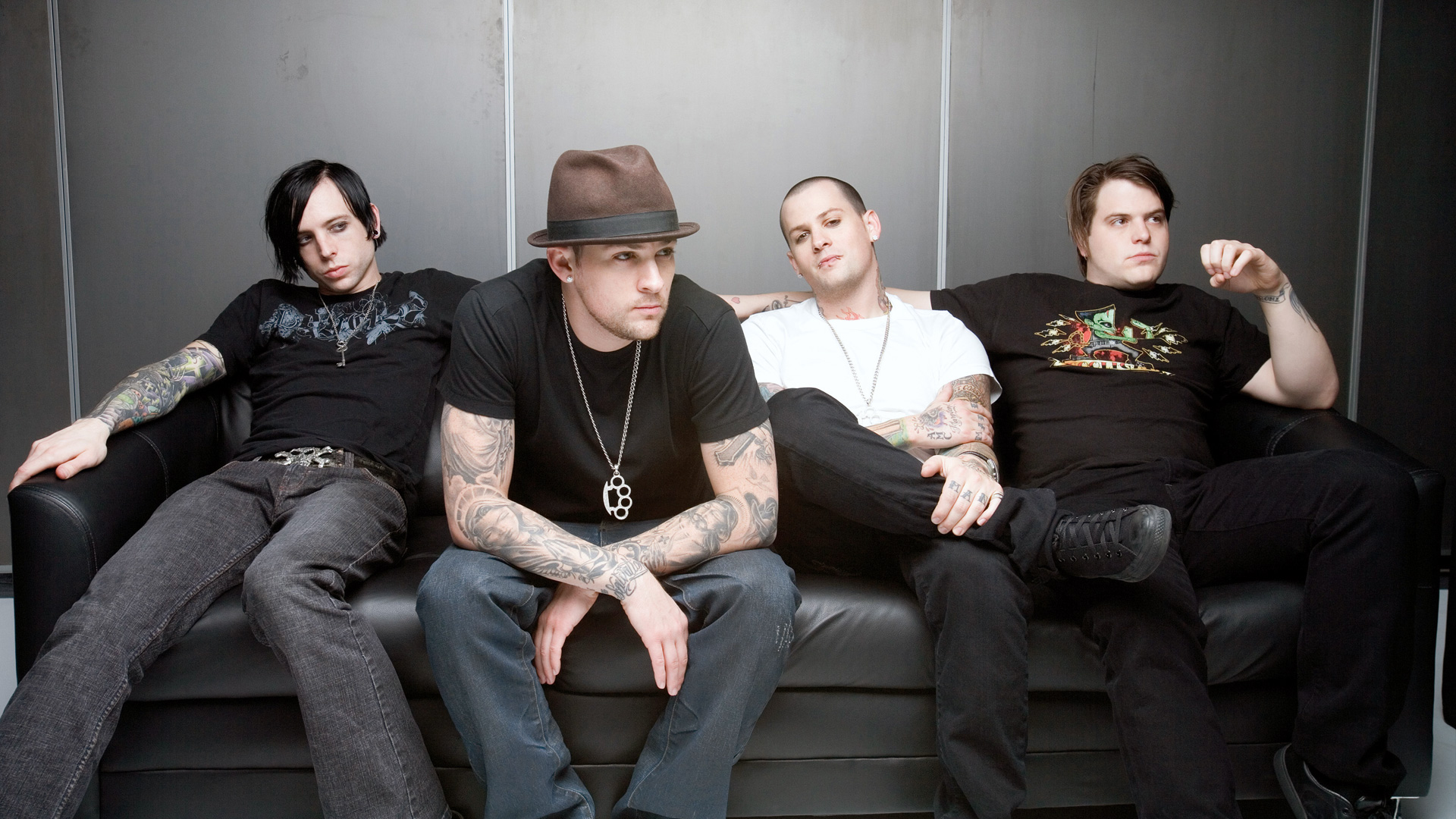 good charlotte makeshift love песня