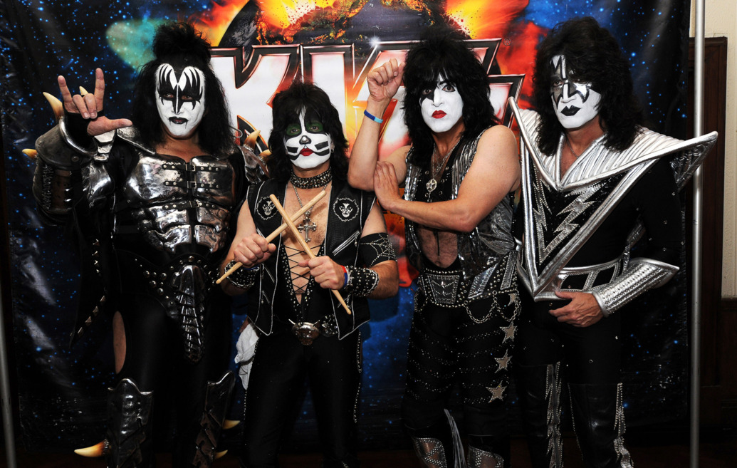 kiss-to-perform-acoustic-show-at-badlands