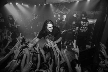 Motionless in White переносят концерты в Великобритании