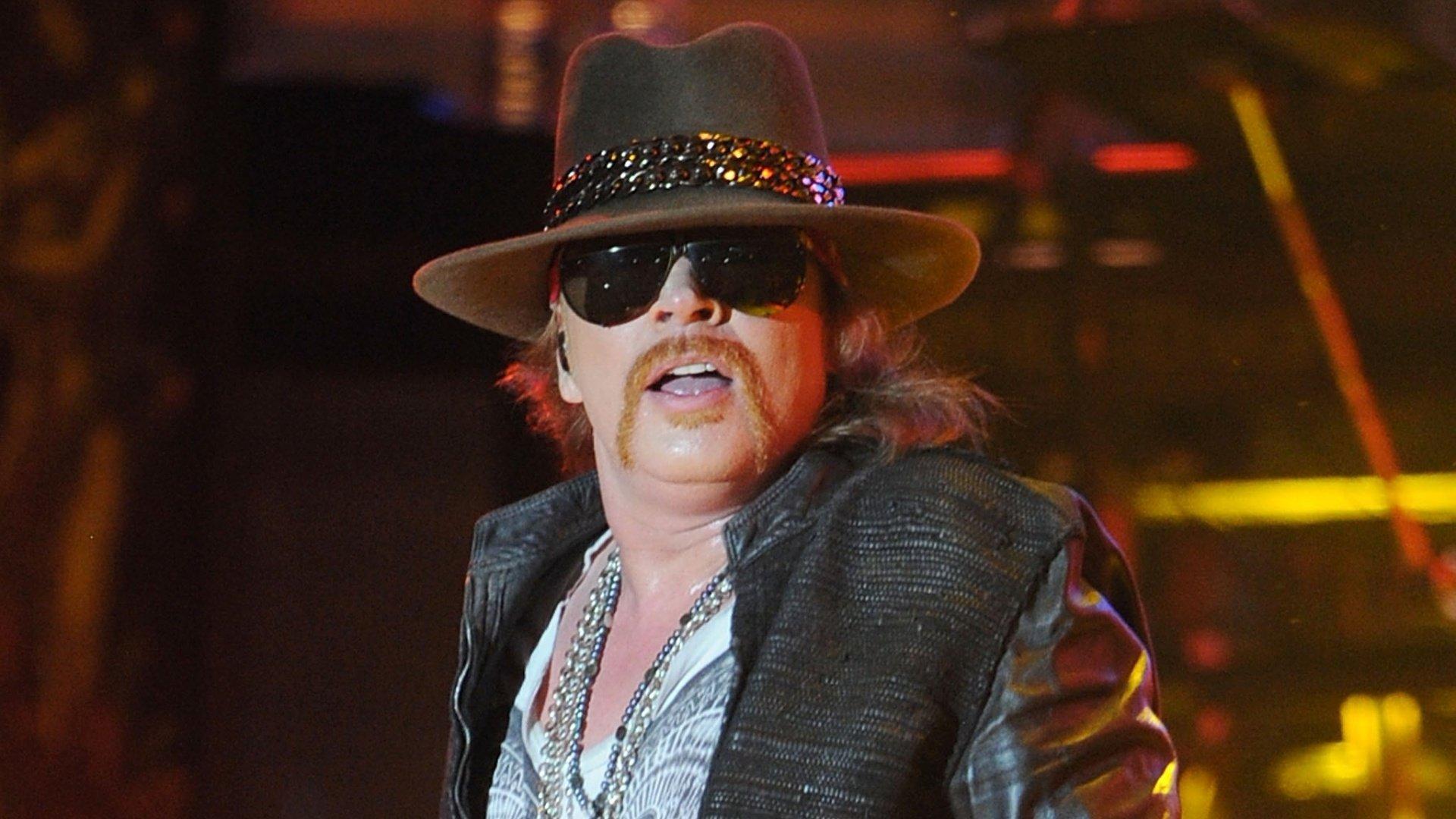 Axl-Rose-To-Confirm-Guns-N'-Roses-Reunion-Shows